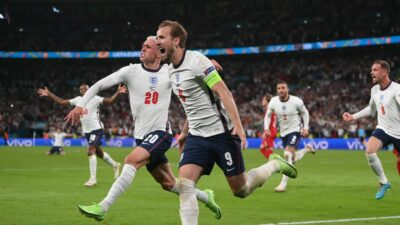 Inglaterra Vence A Dinamarca