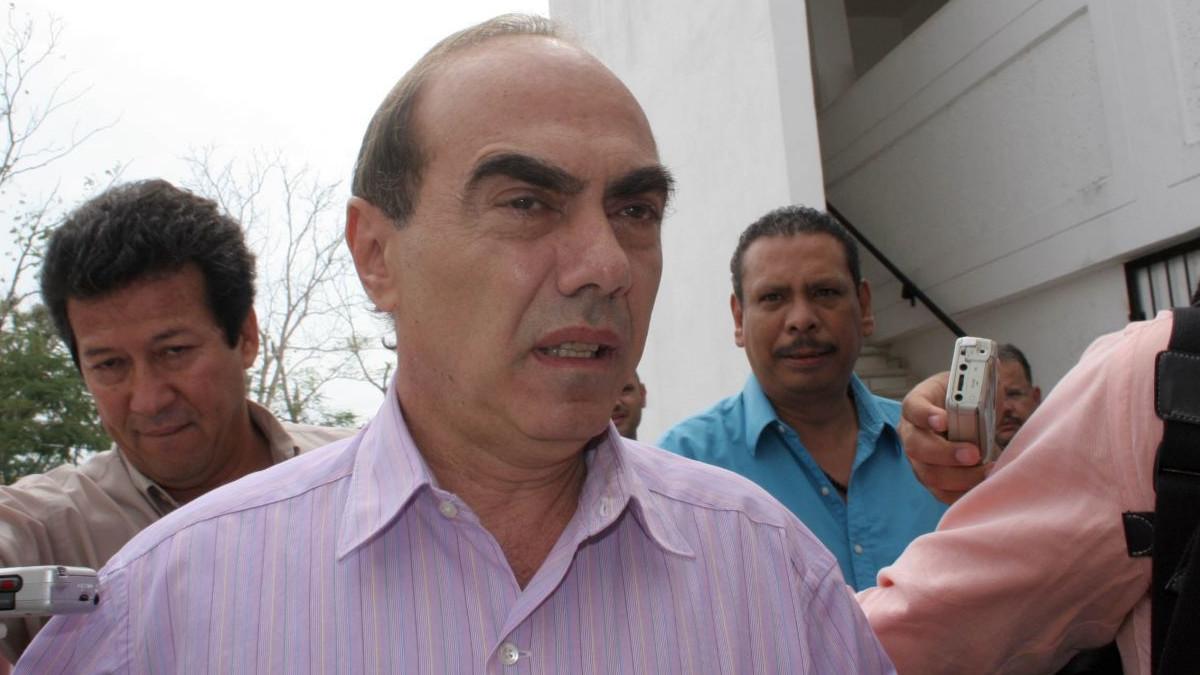 Caso Lydia Cacho: otorgan amparo a Kamel Nacif contra orden de aprehensión