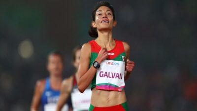 Laura Galván impone récord nacional en los 5 mil metros planos