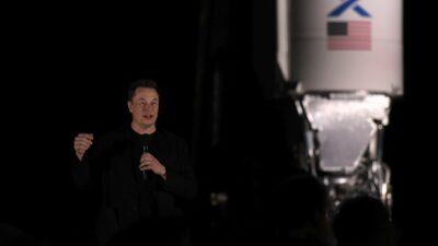 NASA escoge a SpaceX para explorar la luna Europa de Júpiter
