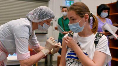 Vacunación estancada: Rusia supera por primera vez los mil muertos diarios por COVID-19
