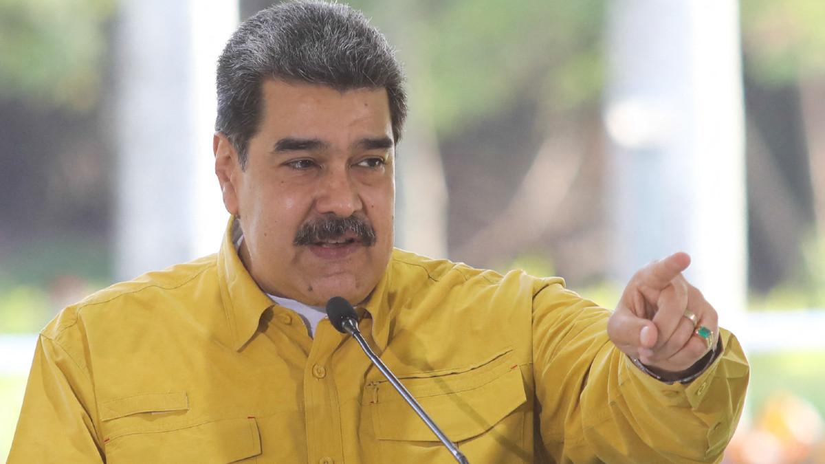 Nicolás Maduro afirma que negociación con oposición iniciará en agosto y en México