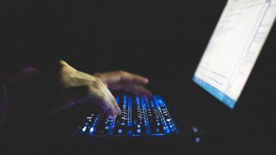 Pegasus: software espía que hackea a políticos, empresas y famosos