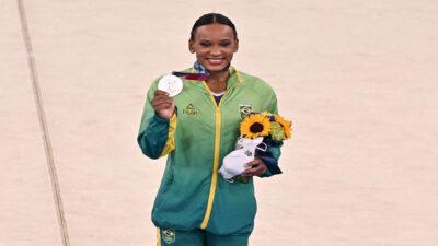 Rebeca Andrade, quién es la brasileña que ganó plata en gimnasia en Tokio 2020