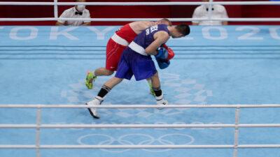 Rogelio Romero avanza a los cuartos de final en box en Tokio 2020