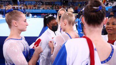 Simone Biles felicitó al equipo de Rusia