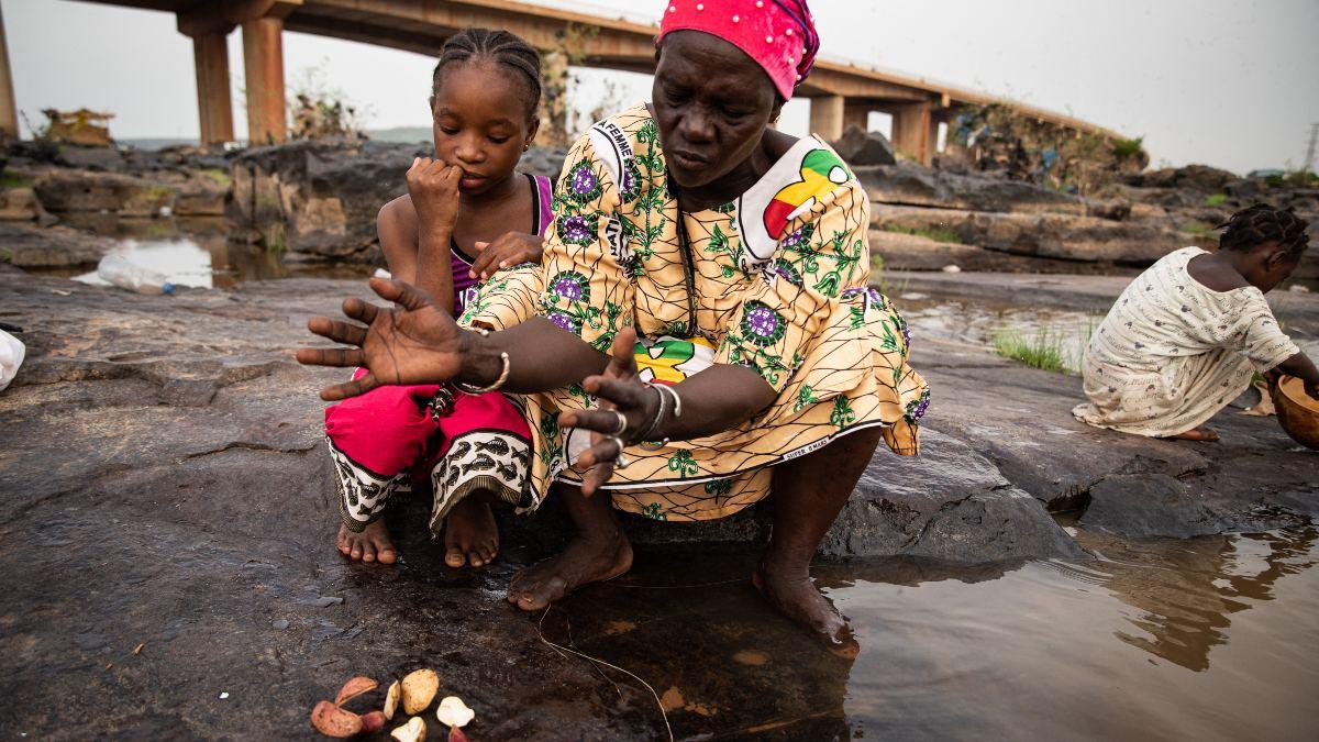 Malí: tercer puente de Bamako, lugar de ritual y creencias sobre el río Níger
