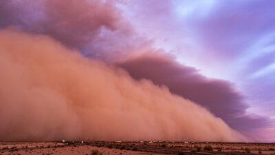 China: tormenta de arena provoca caos en ciudad de Dunhuang
