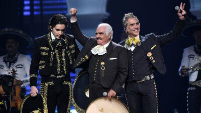 Alejandro Fernández agradece muestras de cariño hacia Vicente Fernández, su papá