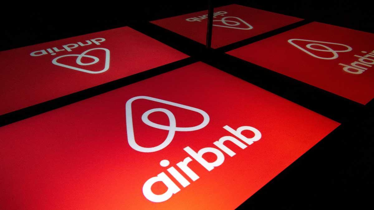 Airbnb propone albergar a 20 mil refugiados afganos de manera gratuita