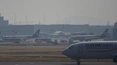 López Obrador dispuesto a ayudar a aerolíneas comerciales con deuda