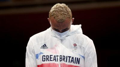 boxeador británico medalla plata