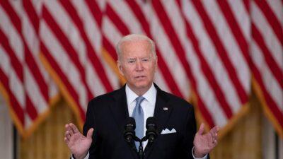 Joe Biden defiende la salida de tropas estadounidenses de Afganistán