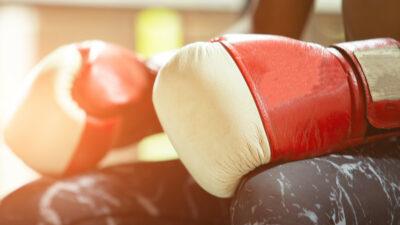 Boxeadora mexicana Jeanette Zacarías Zapata en estado crítico tras pelea