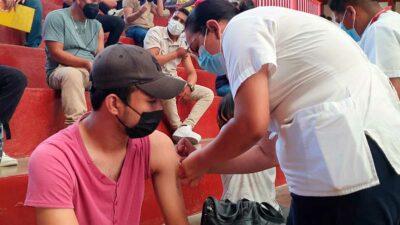 Chiapas: Jóvenes se desbordan para recibir vacuna contra COVID