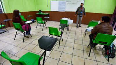 Clases presenciales serán consideradas como actividad esencial: López- Gatell