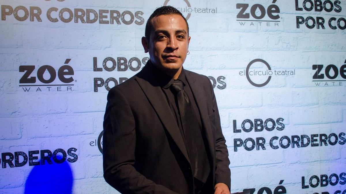 """Luis Fernando Peña, """"Ulises"""", de """"Amarte duele"""", sorprende bailando al ritmo sonidero"""