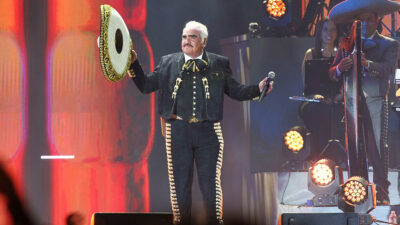 "Vicente Fernández: América Guinart, ex del Potrillo, compartió foto inédita del ""Charro de Huentitán"""