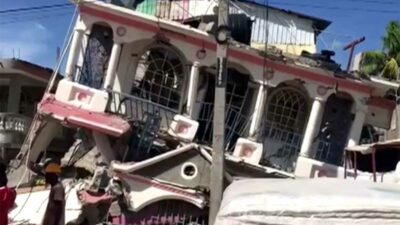 En varias ciudades de Haití se registran daños materiales.