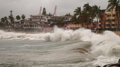 Huracán Linda se intensifica como categoría 4 en el Pacífico