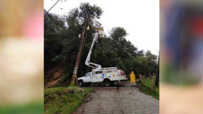 Veracruz: Restablecen energía eléctrica al 51% tras paso de Grace