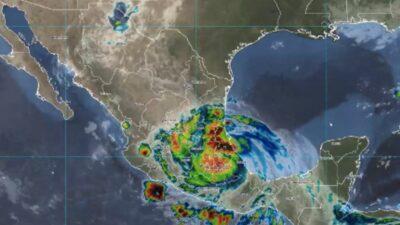Huracán Grace se degrada a categoría 1, ocasionará lluvias en estos estados