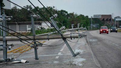 Grace se degrada a tormenta tropical en Yucatán