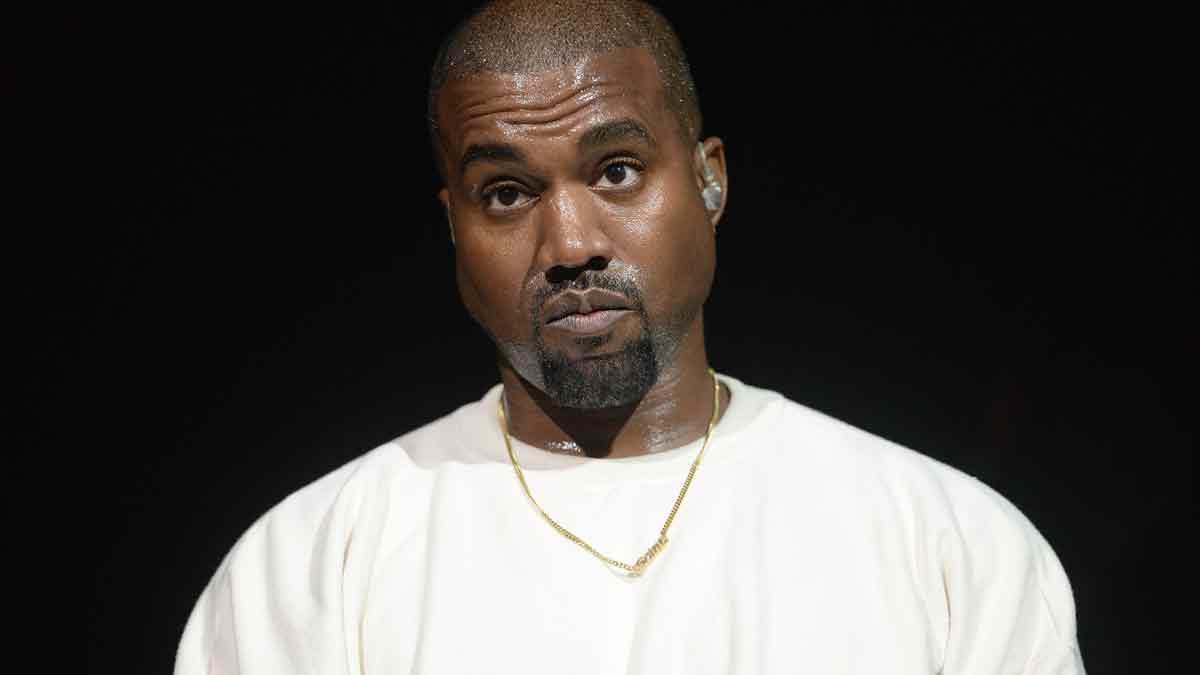 Kanye West se cambia nombre