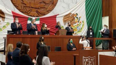 Lorena Cuéllar Cisneros toma protesta como gobernadora de Tlaxcala