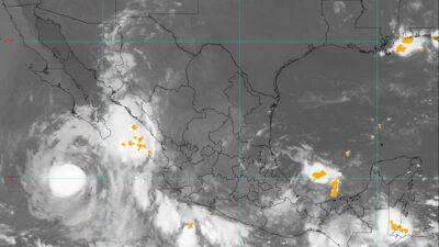 Remanentes de Grace forman a la tormenta tropical Marty