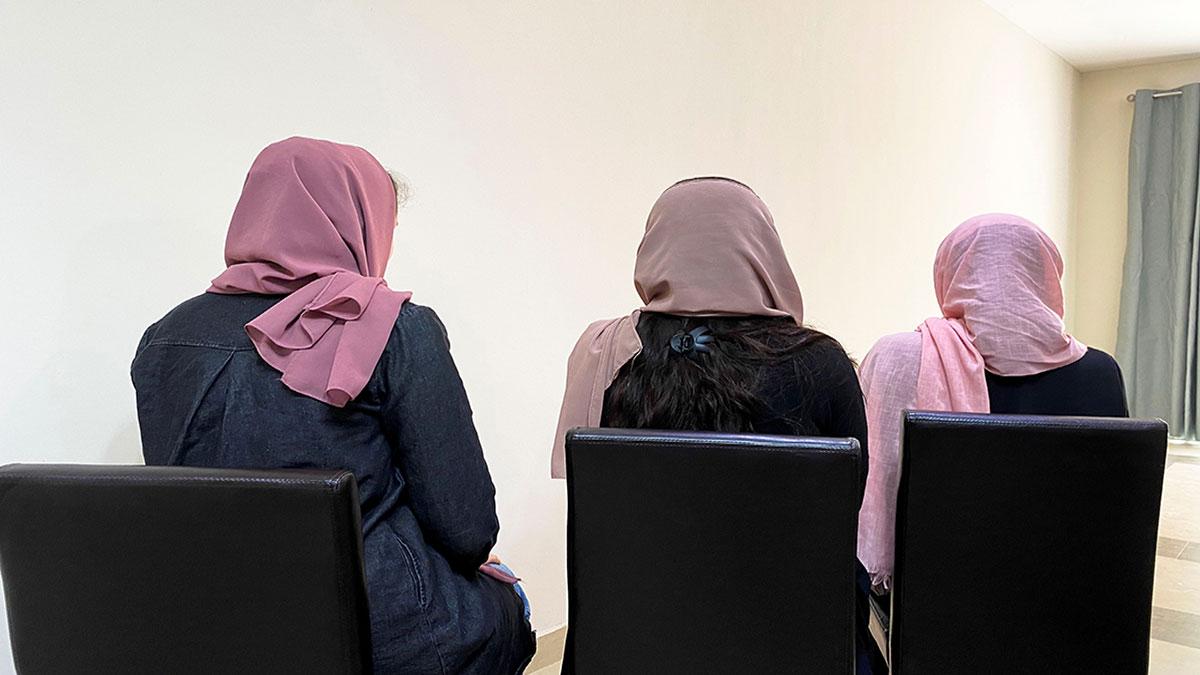 Mujeres afganas serán autorizadas para estudiar la Universidad