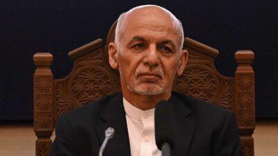 Presidente de Afganistán abandona su país, tras avance de talibanes