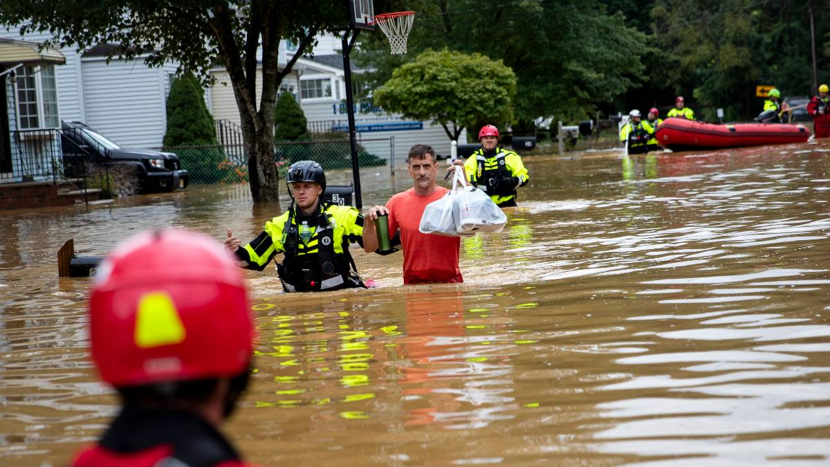 Inundaciones en Tennessee: al menos 16 muertos y decenas de desaparecidos