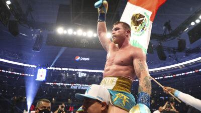 Canelo Álvarez confirma pelea con Caleb Plant, será en noviembre