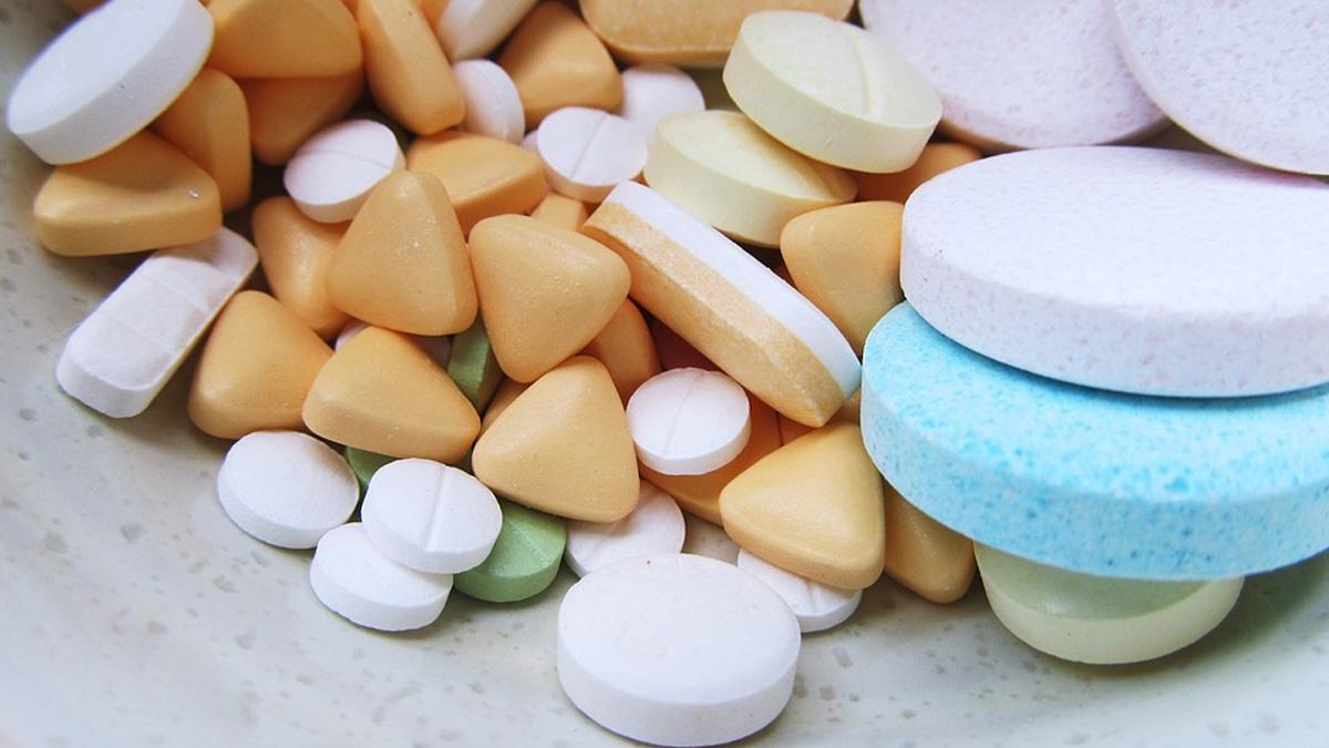 Vitaminas: ¿es bueno tomarlas y cómo pueden poner en riesgo la salud?