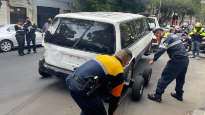 Autos abandonados: en CDMX inicia operativo para llevarlos al corralón