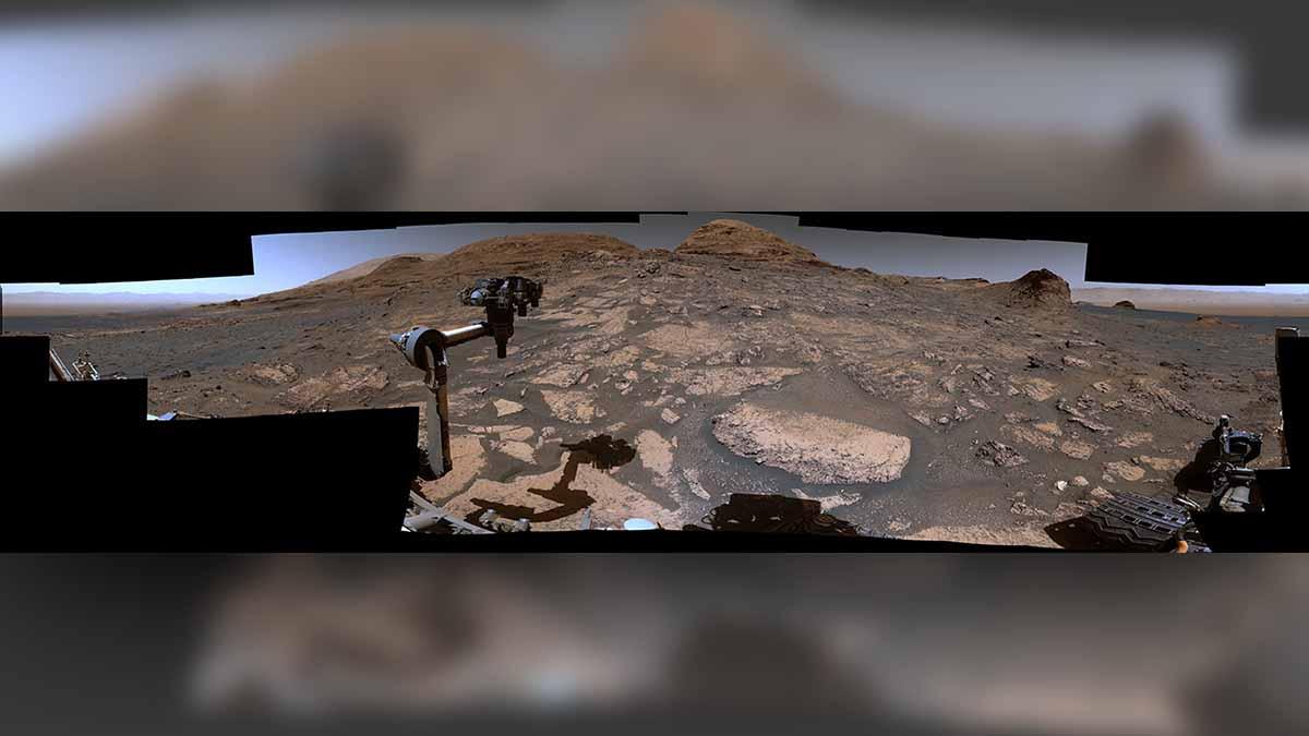 La increíble vista panorámica de Marte que grabó la NASA desde un monte marciano