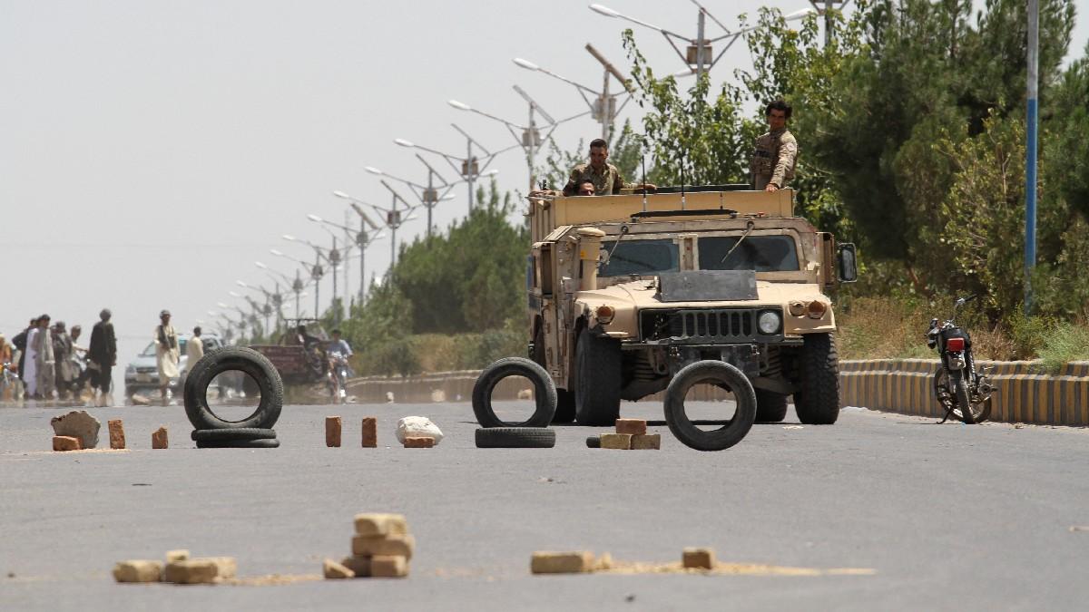 Talibanes capturan Sibargan, una segunda capital provincial en Afganistán