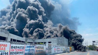 Santa Catarina, Nuevo León: se registra incendio; reportan cuatro lesionados