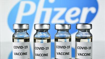 Estados Unidos otorga aprobación total a la vacuna de Pfizer contra COVID-19