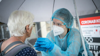Alemania ofrecerá vacuna de refuerzo a partir de septiembre