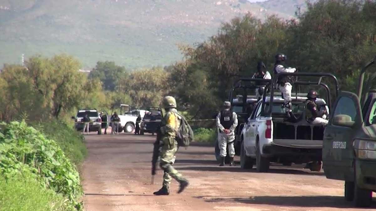 Zacatecas: cierran carreteras rurales por masacre en Fresnillo