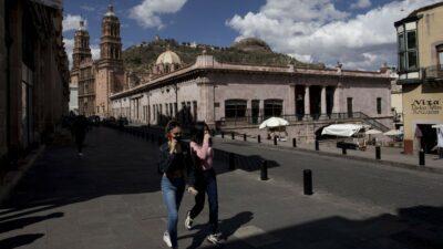 Zacatecas pasa a naranja; ve nuevos aforos y medidas por alza de COVID