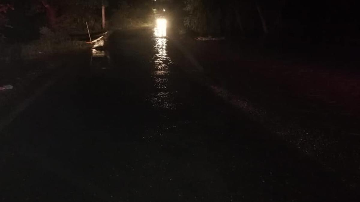 Morelos: alertan por río desbordado y carretera inundada