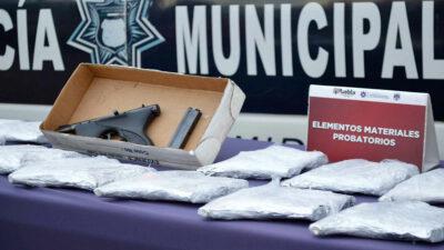 Puebla: detienen a joven con 19 armas tras ser olfateadas por perro