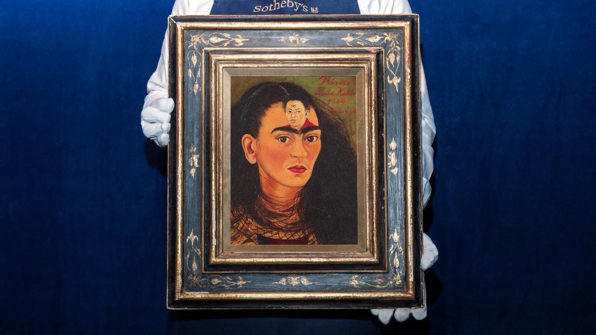 Autorretrato de Frida Kahlo podría romper récord al venderse en 30 mdd