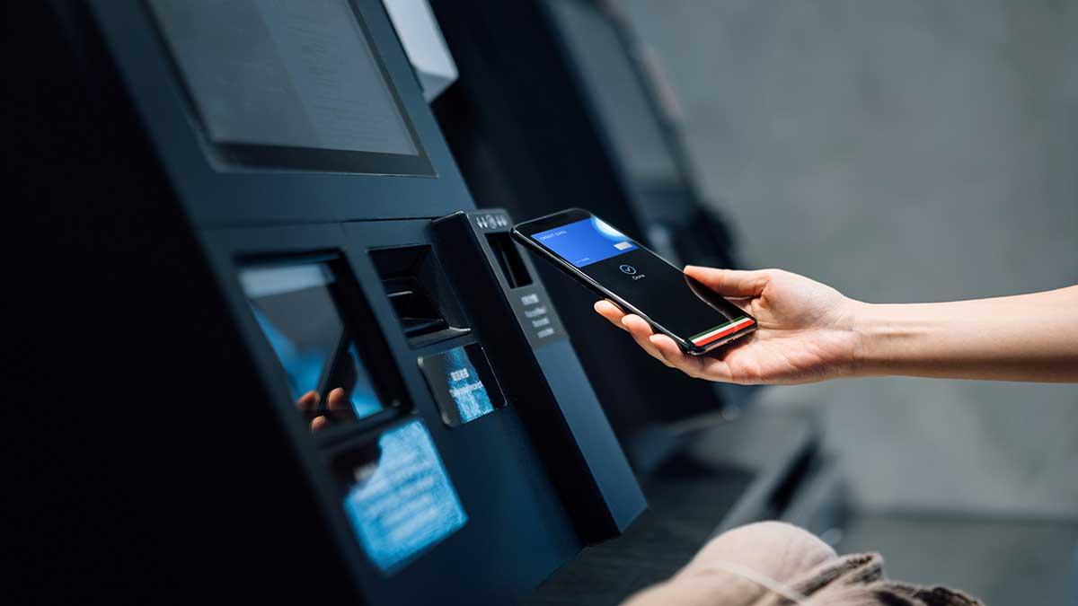 Usuarios se quejan por fallas en servicios del banco BBVA México