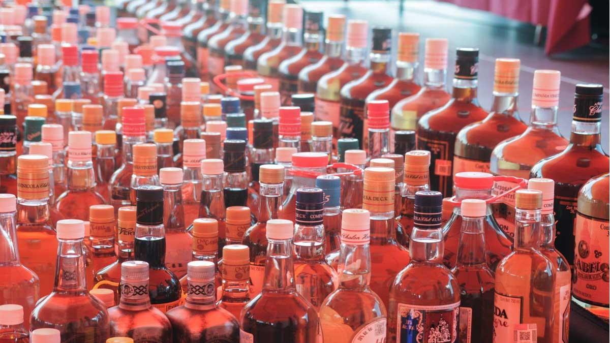 Profeco analiza 41 bebidas alcohólicas a través de la Revista del Consumidor