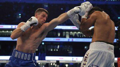 Boxeador Lenin Castillo es noqueado y se convulsiona en ring