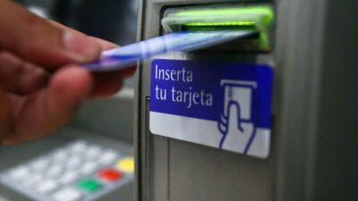 Chihuahua: Alertan por robo con intercambio de tarjetas bancarias